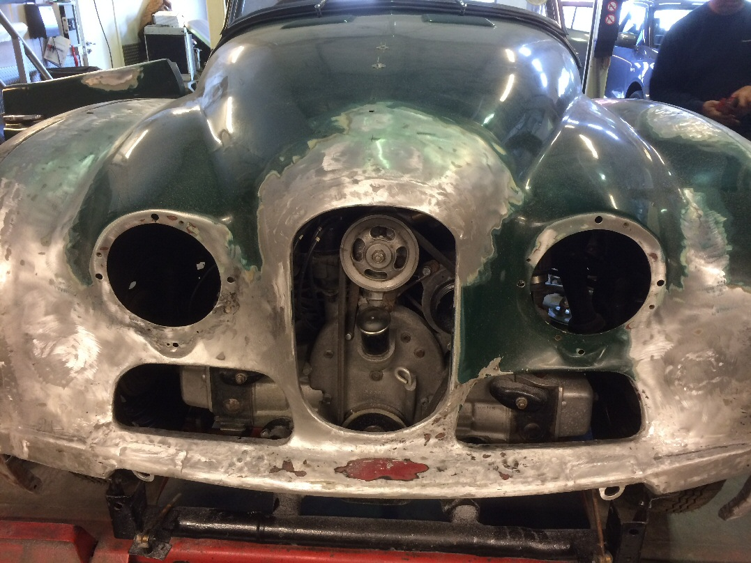 Jowett Jupiter bonnet being restored