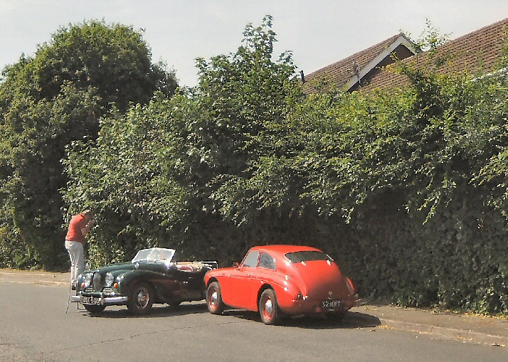 Jowett Jupiter of Ed Nankivell in photoshoot